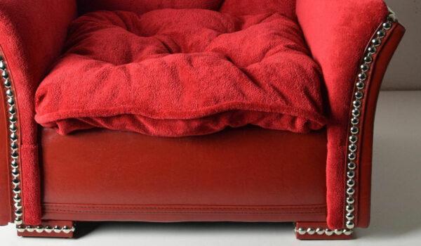 Luxus Hundesofa Hundebett Herzchen Rot Detail 4