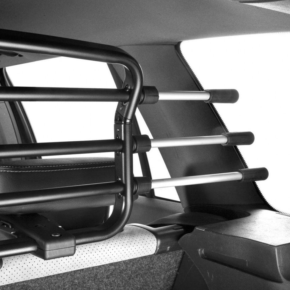 autohundegitter hundegitter f r das auto stufenlos. Black Bedroom Furniture Sets. Home Design Ideas